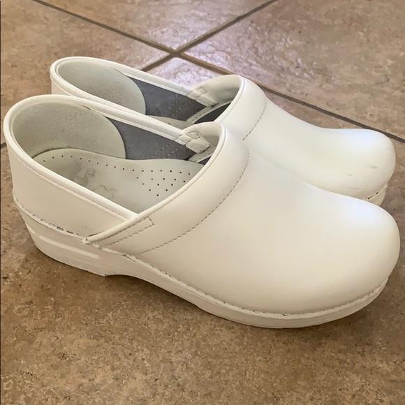 Dansko Shoes | Dansko Professional